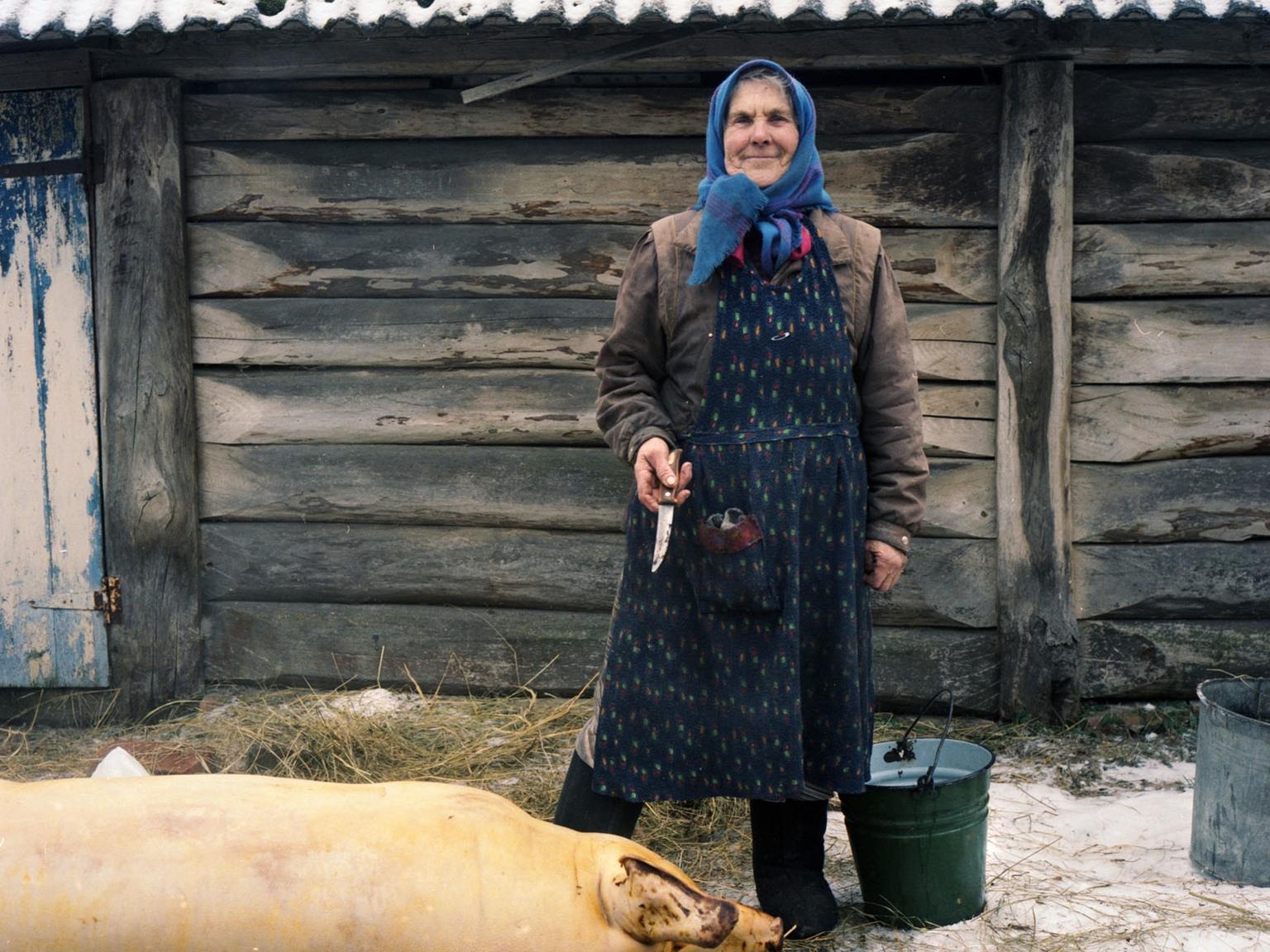 2015-06-12-1434069548-4859241-GrandmasofChernobylpic1